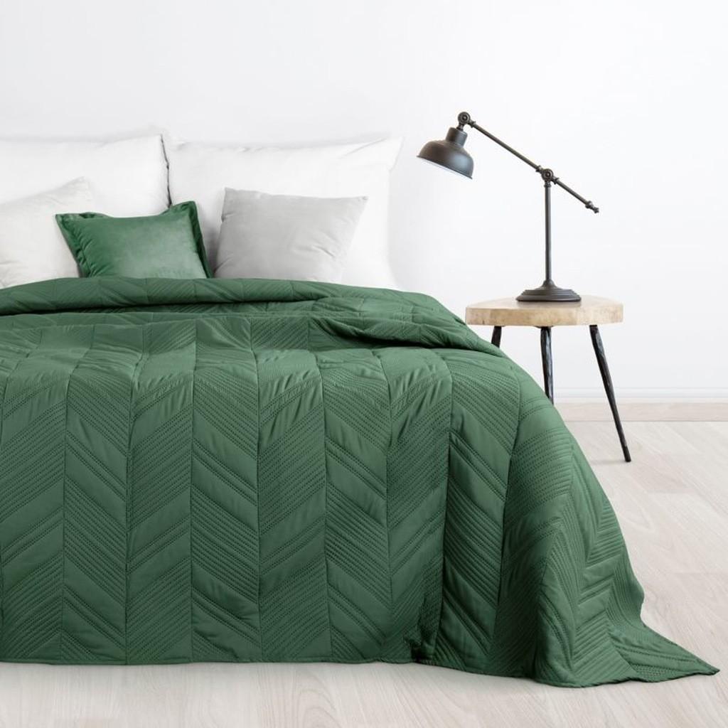 DomTextilu Elegantný prehoz do spálne v zelenej farbe Šírka: 170 cm   Dĺžka: 210 cm 16680-124783