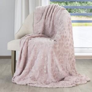 Dekoračná deka v ružovej farbe