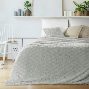 Luxusný prehoz do spálne v sivej farbe
