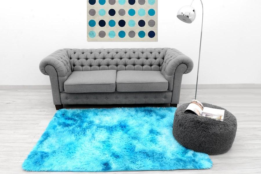 DomTextilu Ombre plyšový koberec modrej farby 140 x 200 cm 17453