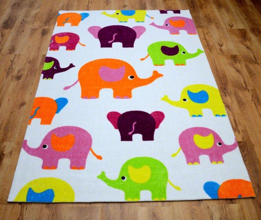 DomTextilu Detský biely koberec so sloníkmi 200 x 300 cm 17531