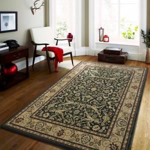 Kvalitný koberec v krémovo zelenej farby