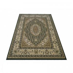 Elegantný koberec v zelenej farbe