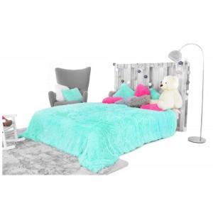Luxusné chlpaté deky a prehozy mätovej farby