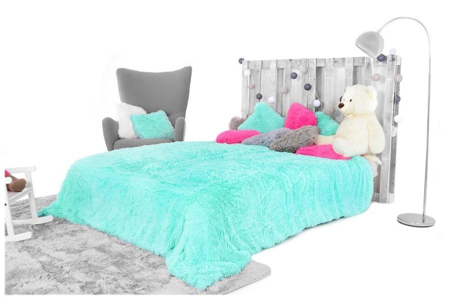 DomTextilu Luxusné chlpaté deky a prehozy mätovej farby 200 x 220 cm 17748