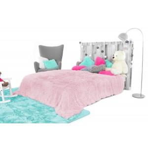 Chlpatá deka na posteľ svetlo ružová