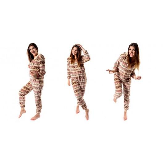 Hnedé dámske overaly na spanie s nórskym vzorom