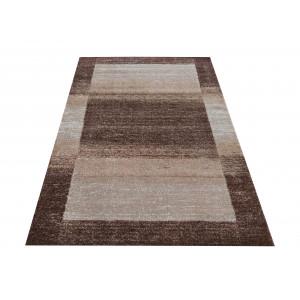 Moderný koberec v hnedej farbe do obývačky
