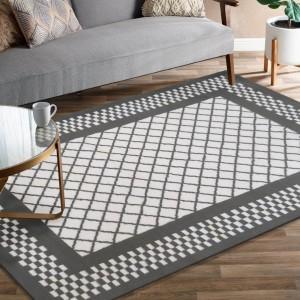 Originálny sivý koberec do obývačky