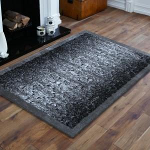 Kvaltiný sivý koberec do spálne