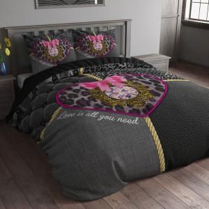 Luxusné čierne obliečky na posteľ so srdiečkom 140 x 200 cm