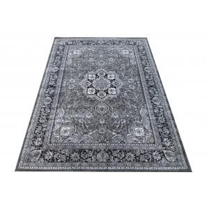 Sivý koberec s ornamentmi mandala