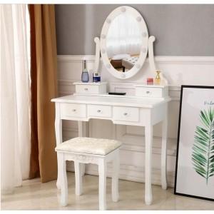 Luxusný biely toaletný stolík s osvetlením a taburetkou
