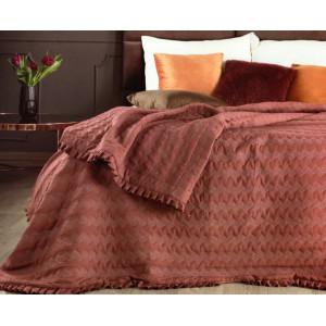Dekoračný obojstranný prehoz na posteľ bordovej farby