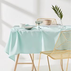 Jednofarebný mentolový obrus na stôl 140 x 260 cm