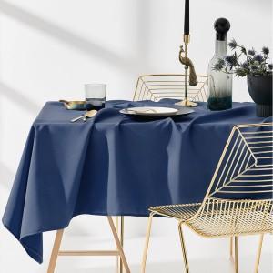Kvalitný kuchynský obrus tmavo modrej farby 140 x 220 cm