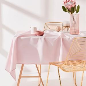 Obrus do kuchyne ružovej farby 130 x 180 cm