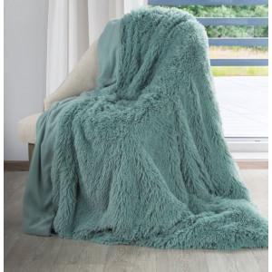 Krásna chlpatá mentolová deka
