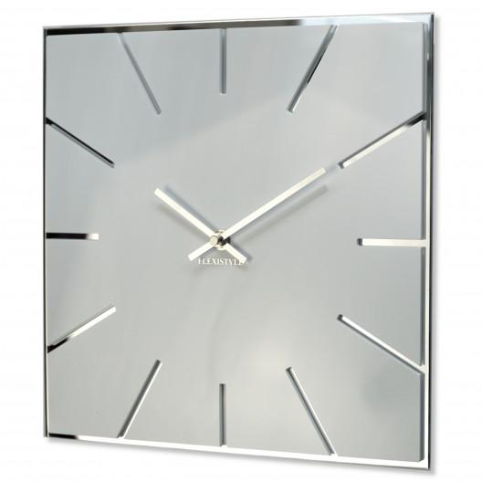 Hranaté biele hodiny