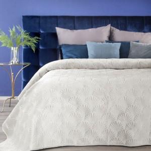 Prešívaný luxusný prehoz na posteľ krémovej farby