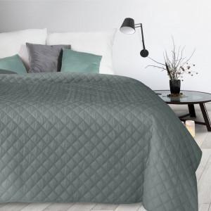 Moderný tmavo sivý prešívaný prehoz na posteľ