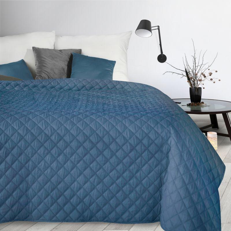DomTextilu Modrý prehoz s prešívaním Šírka: 70 cm | Dĺžka: 160 cm 34708-166735