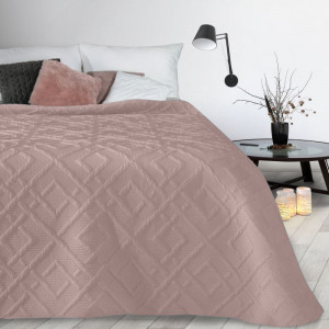 Prehoz so vzorom v ružovej farbe