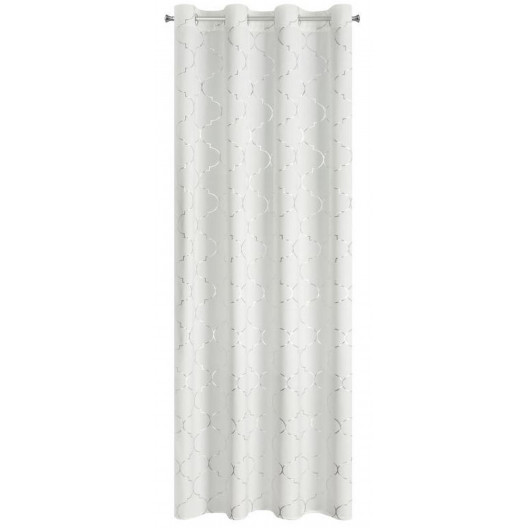 Elegantný záves v bielej farbe so strieborným motívom