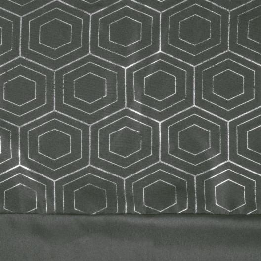 Originálny tmavo sivý záves so zavesením na kruhy