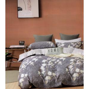 Fialovo biele bavlnené posteľné obliečky s potlačou kvetov