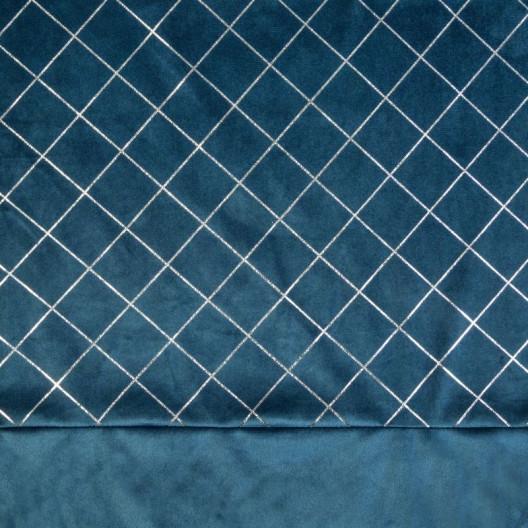 Zatemňujúce závesyzo zamatu v tmavo modrej farbe