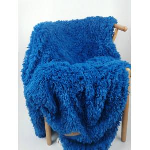 Úchvatná kráľovsky modrá chlpatá teplá deka