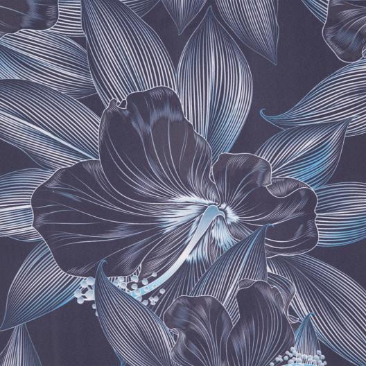 Svotlo modrý záves do spálne s motívom kvetov