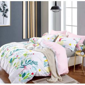 Biele posteľné obliečky s farebným tropickým motívom
