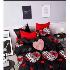 Čierne posteľné obliečky s motívom lásky