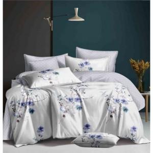 Svetlosivé posteľné obliečky s motívom fialových kvetov