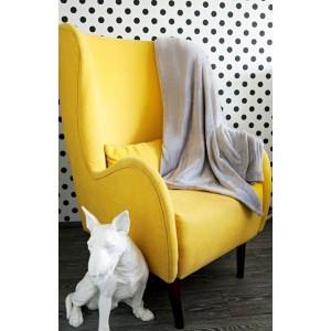 Jednofarebná teplá svetlo sivá deka