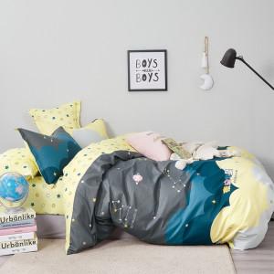 Štýlové detské  žlté posteľné obliečky s motívom vesmíru