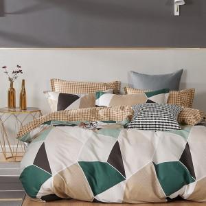 Moderné posteľné obliečky v béžovej farbe s geometrickým vzorom