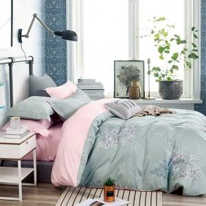 Jemné obojstranné posteľné obliečky sivo ružové s motívom kvetov
