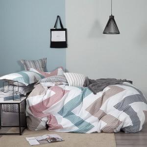 Originálne posteľné obliečky s geometrickým vzorom