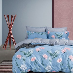 Obojstranné posteľné obliečky v modrej farbe s kvetmi