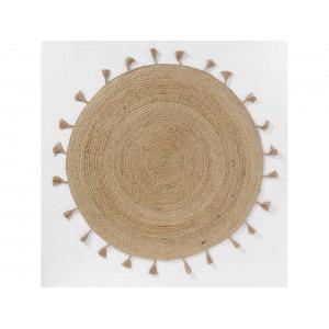 Krásny okrúhly jutovinový koberec so strapcami