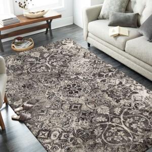 Luxusný béžovo hnedý koberec s kvalitným prepracovaním