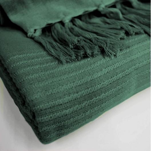 Teplá tmavo zelená deka so strapcami zo 100% bavlny 180 x 220 cm