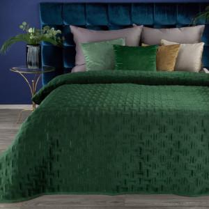 Smaragdovo zelený prešívaná prehoz na posteľ