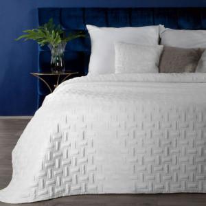 Brilantný snehovo biely zamatový prehoz na posteľ