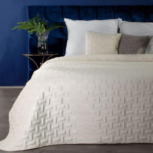 Fenomenálny krémovo smotanový prehoz na posteľ