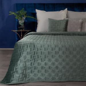 Luxusný zamatový prehoz na posteĺ v matnej zelenej farbe