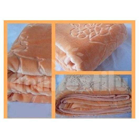 Luxusné deky z akrylu 160 x 210cm cyklamenová č.17